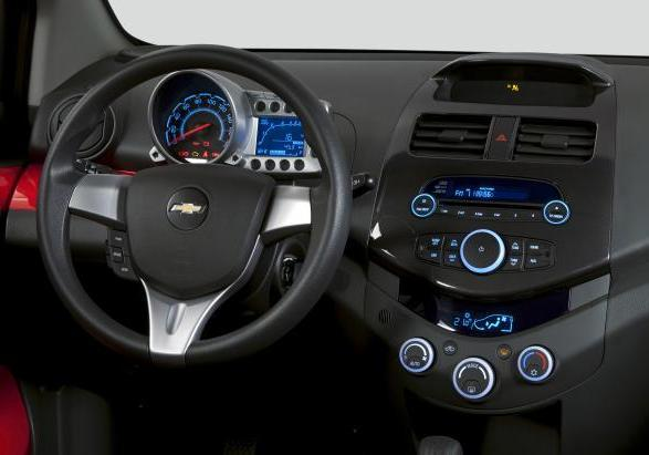 Chevrolet Spark interni 2
