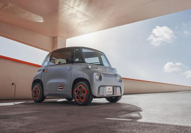 Citroen, la Ami-100% electric alla Milano Design City