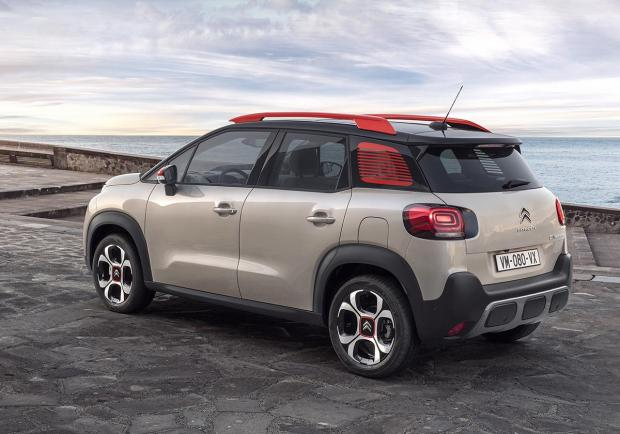 Citroen C3 Aircross BlueHDi 120 EAT6 C-Series foto
