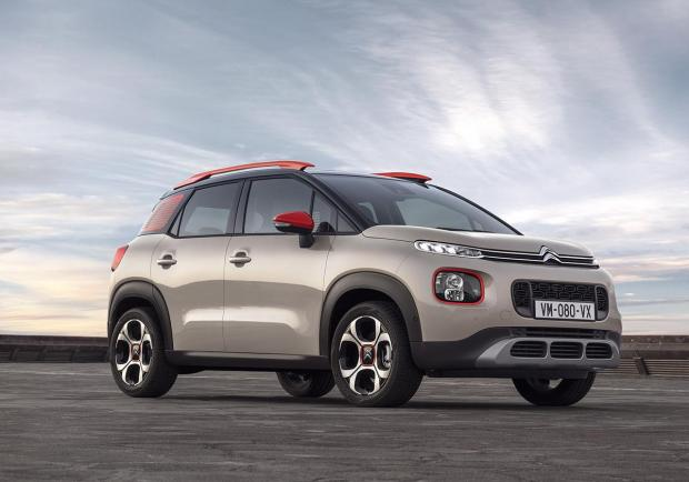 Citroen C3 Aircross BlueHDi 120 EAT6 C-Series immagine