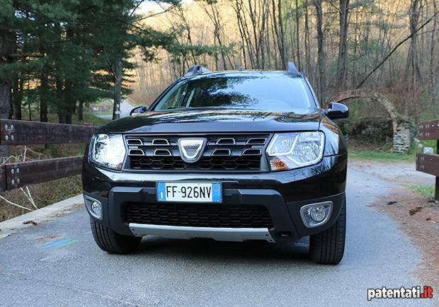 dacia duster 1 6 gpl la prova su strada della suv. Black Bedroom Furniture Sets. Home Design Ideas