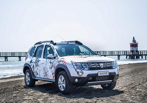 Dacia duster strongman caratteristiche e prezzo di questa for Immagini dacia duster