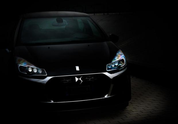 DS 3 Black Lezard, il fascino del Nero Perla 01