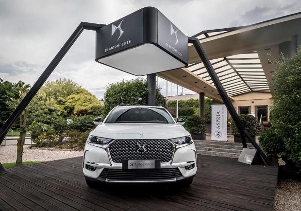 Una DS 7 Crossback all'Aspria Harbour Club Milano 02