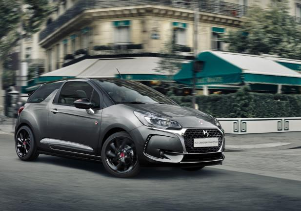DS Performance Line DS3 tre quarti