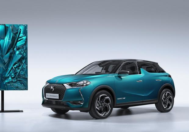 DS World Paris, l'arte di Fernando Costa celebra la DS 3 Crossback