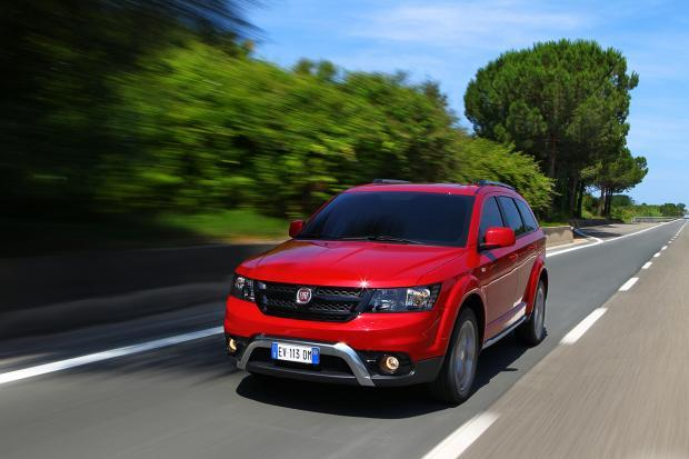 Fiat Freemont Cross tre quarti anteriore