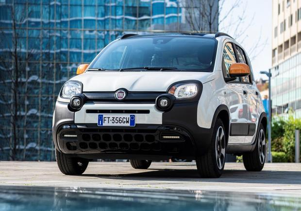 Fiat Panda Connected by Wind immagine