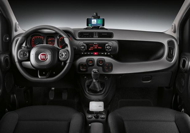 Fiat Panda Connected by Wind interni