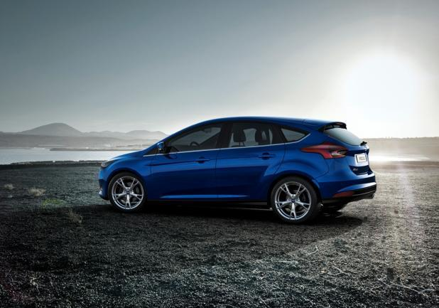 Ford Focus restyling 2014 profilo