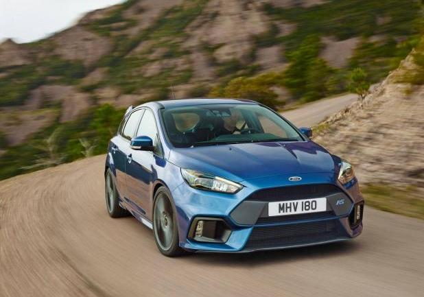 Ford Focus Rs 2016 tre quarti anteriore