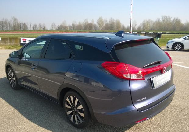 Honda Civic Tourer a Vairano