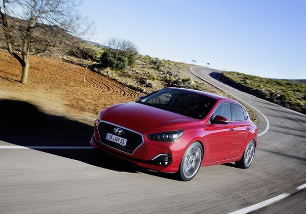 iF Product Design Award, vince (ancora) il design Hyundai. i30 Fastback 02