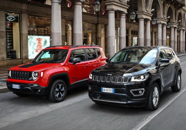 Jeep, Renegade 4xe e Compass 4xe negli showroom