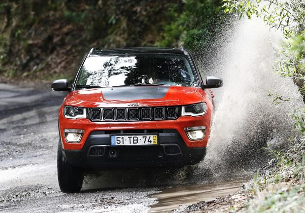 Jeep Renegade e Compass: optional in omaggio 01