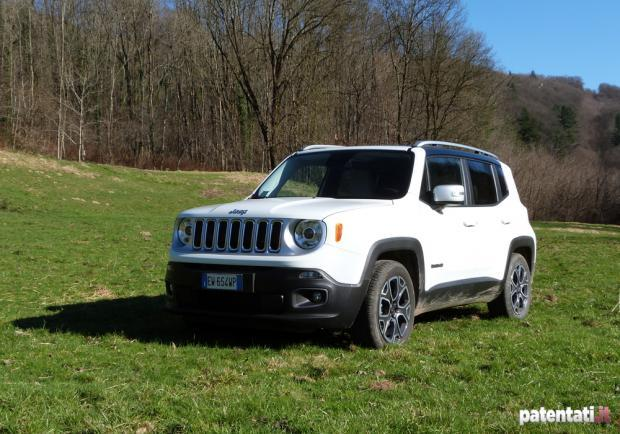 Jeep Renegade 1.6 Multijet tre quarti anteriore