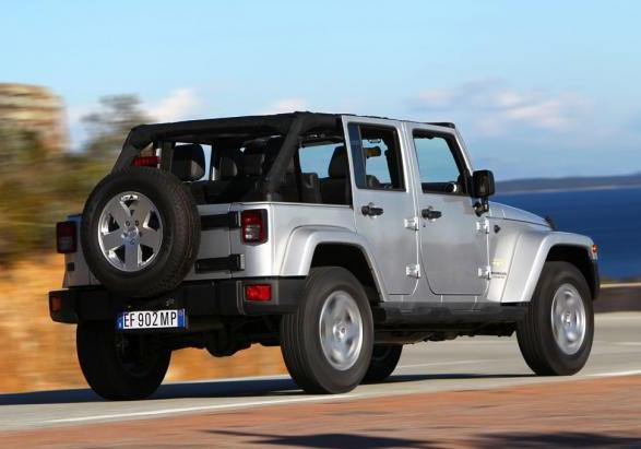 Jeep Wrangler Unlimited my 2013 tre quarti posteriore lato destro