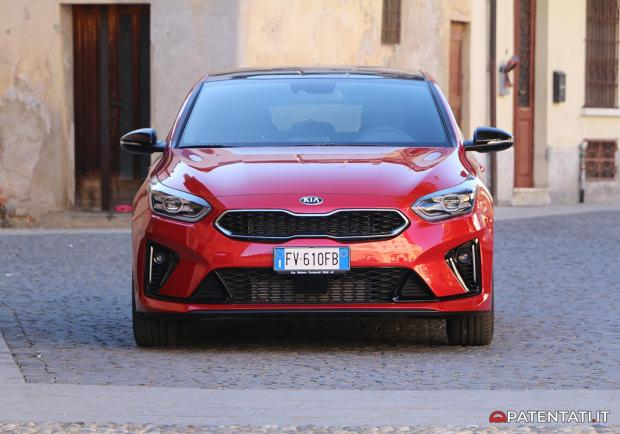 Kia Proceed GT-Line 1.6 CRDi DCT anteriore