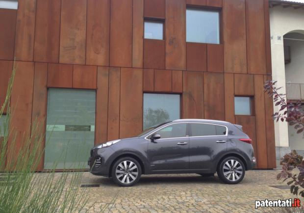 Kia Sportage 2.0 CRDi 4WD Feel Rebel