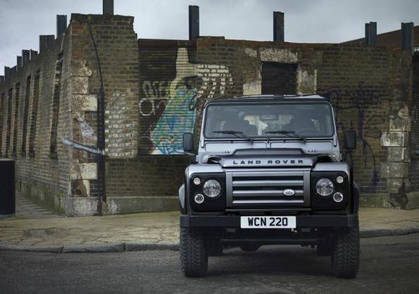 Land Rover Defender 90 XTech Special Edition anteriore