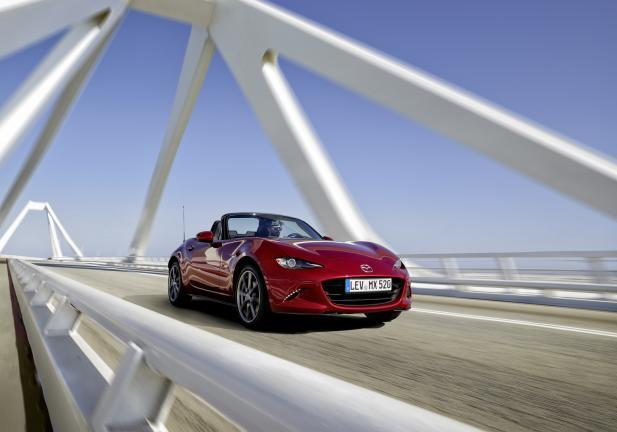 Mazda Mx-5 tre quarti