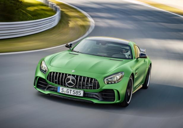 Mercedes AMG GT R frontale