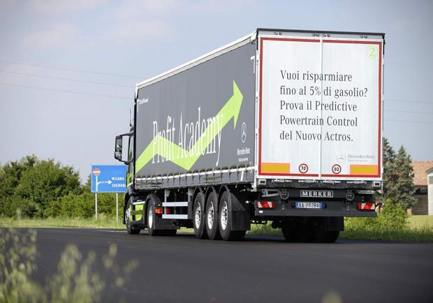 Mercedes-Benz Actros posteriore Active Brake Assist 3