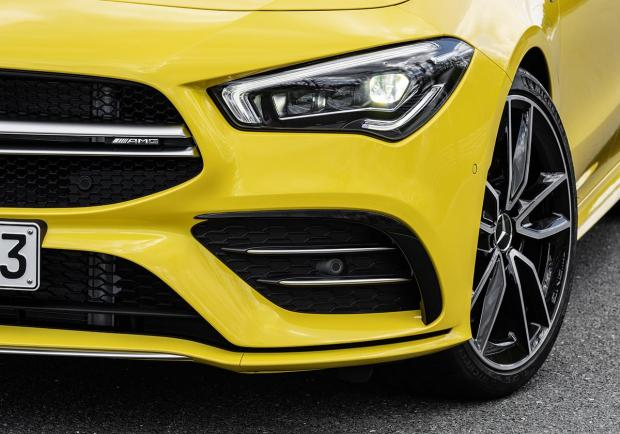 Mercedes CLA, la Shooting Brake è firmata AMG 06