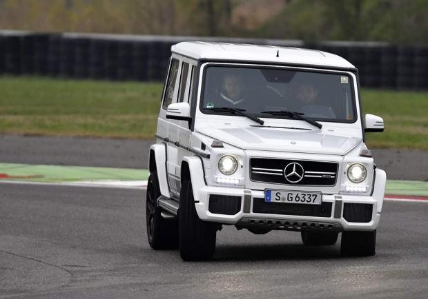 Mercedes Classe G 63 AMG test in pista