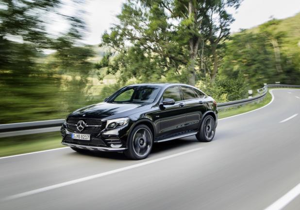 Mercedes GLC Coupé 43 4MATIC tre quarti anteriore