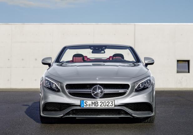Mercedes S 63 AMG Cabrio 130 Edition frontale aperta