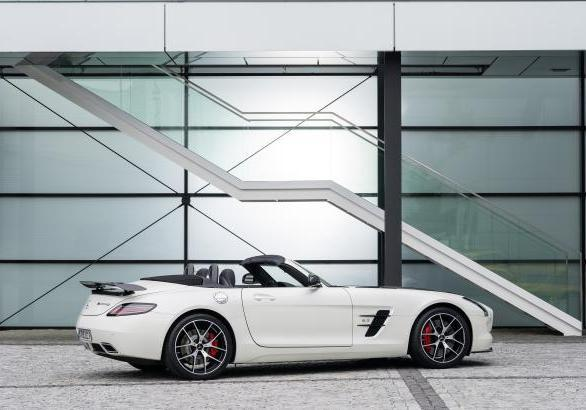 Mercedes SLS AMG GT Final Edition Roadster capotte aperta