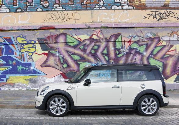 Mini Clubman per neopatentati laterale