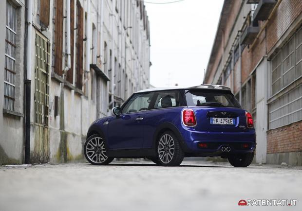 Mini Cooper Sd Prova Pregi Difetti E Opinioni Della Diesel