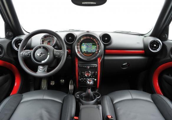 Mini Countryman John Cooper Works foto interni