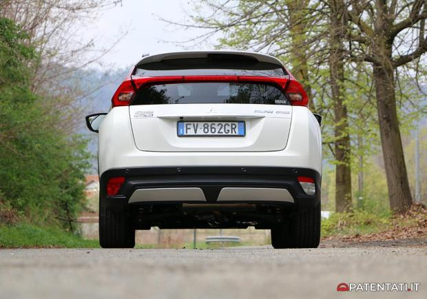 Mitsubishi Eclipse Cross 1.5 turbo 4x4 posteriore