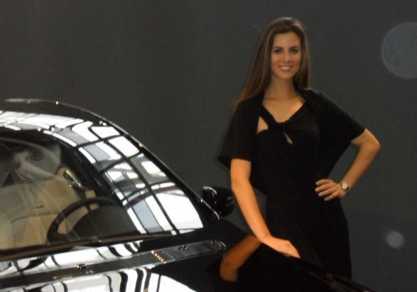 motor show 2011 bella ragazza maybach 3