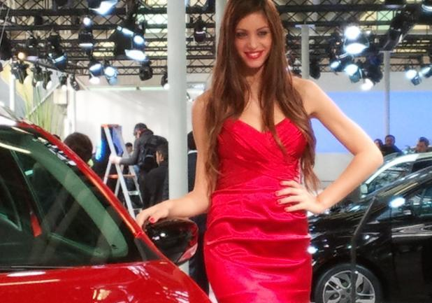 Motor Show 2012 bella ragazza Renault Clio Break