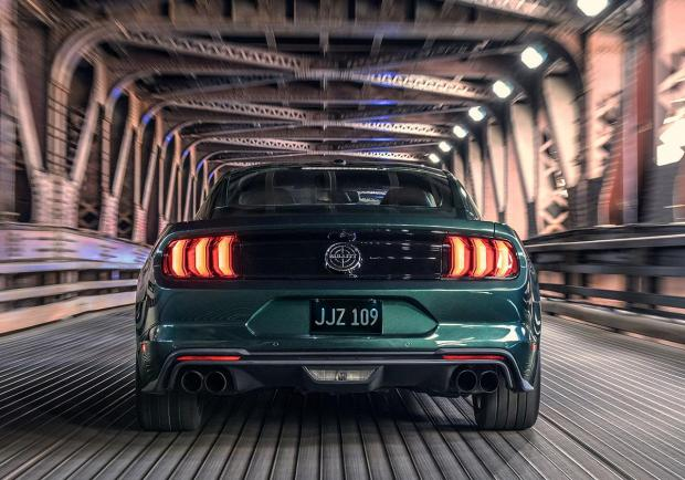 Mustang Bullittt, la Ford del cinema in Italia