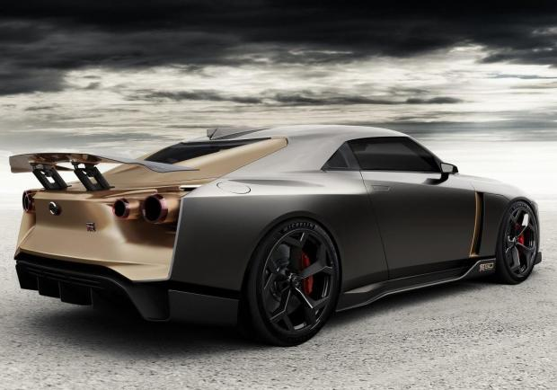 Nissan GT-R50 by Italdesign tre quarti posteriore
