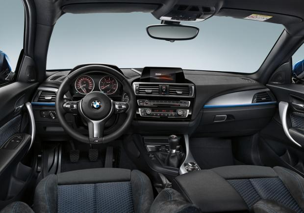 foto nuova bmw serie 1 restyling 2015 m sport interni patentati. Black Bedroom Furniture Sets. Home Design Ideas