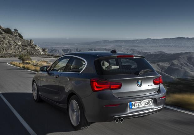 Nuova BMW Serie 1 restyling 2015 Urban Line posteriore