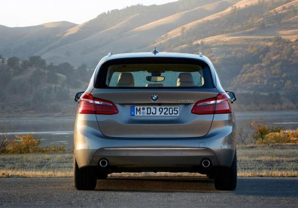 Nuova BMW Serie 2 Active Tourer posteriore