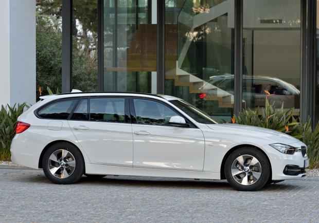 Nuova BMW Serie 3 Touring restyling 2015 profilo