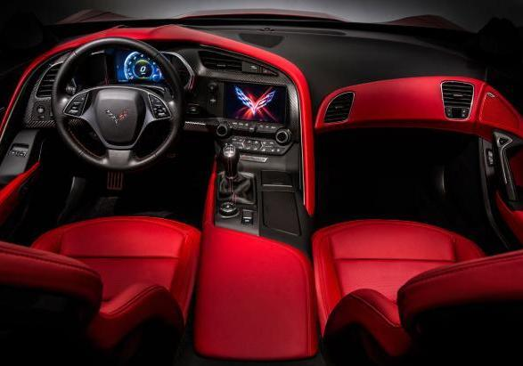 Nuova Chevrolet Corvette Stingray 2014 interni