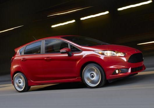 Nuova Ford Fiesta ST laterale