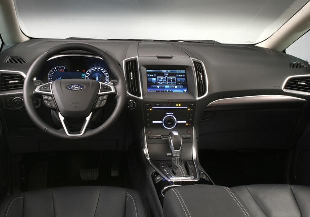 Nuova Ford Galaxy 2015 interni