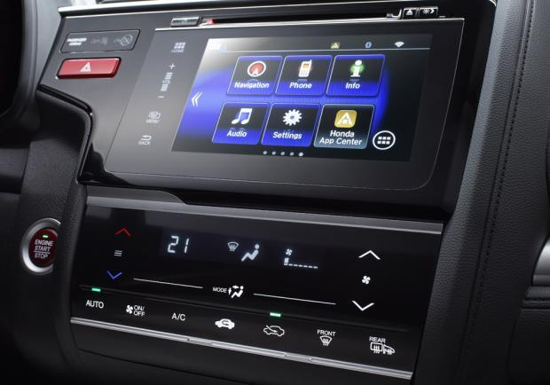 Nuova Honda Jazz 2015 touchscreen
