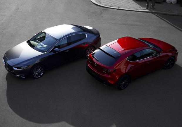 Nuova Mazda3, berlina e hatchback al Los Angeles Auto Show