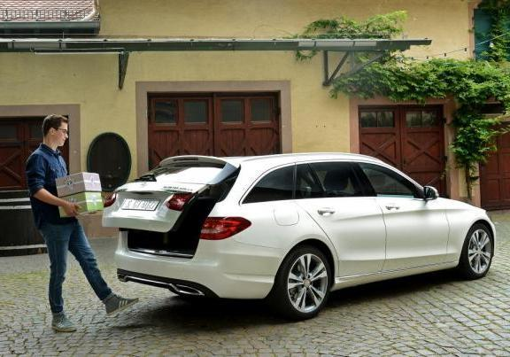 Nuova Mercedes C 300 BlueTEC Hybrid Station Wagon
